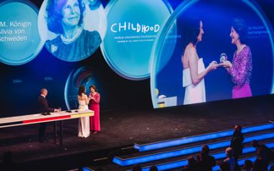 Königin Silvia von Schweden mit Ehrenpreis in Düsseldorf ausgezeichnet