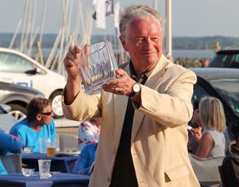 """""""Queen Silvia Sailing Trophy"""" für die besten Drachensegler"""