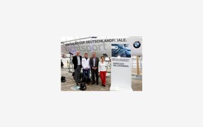BMW Sailing Cup Finale in Hamburg: Promi-Race für Childhood